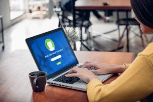 How to Empower (Not Replace) Contact Center Agents with AI
